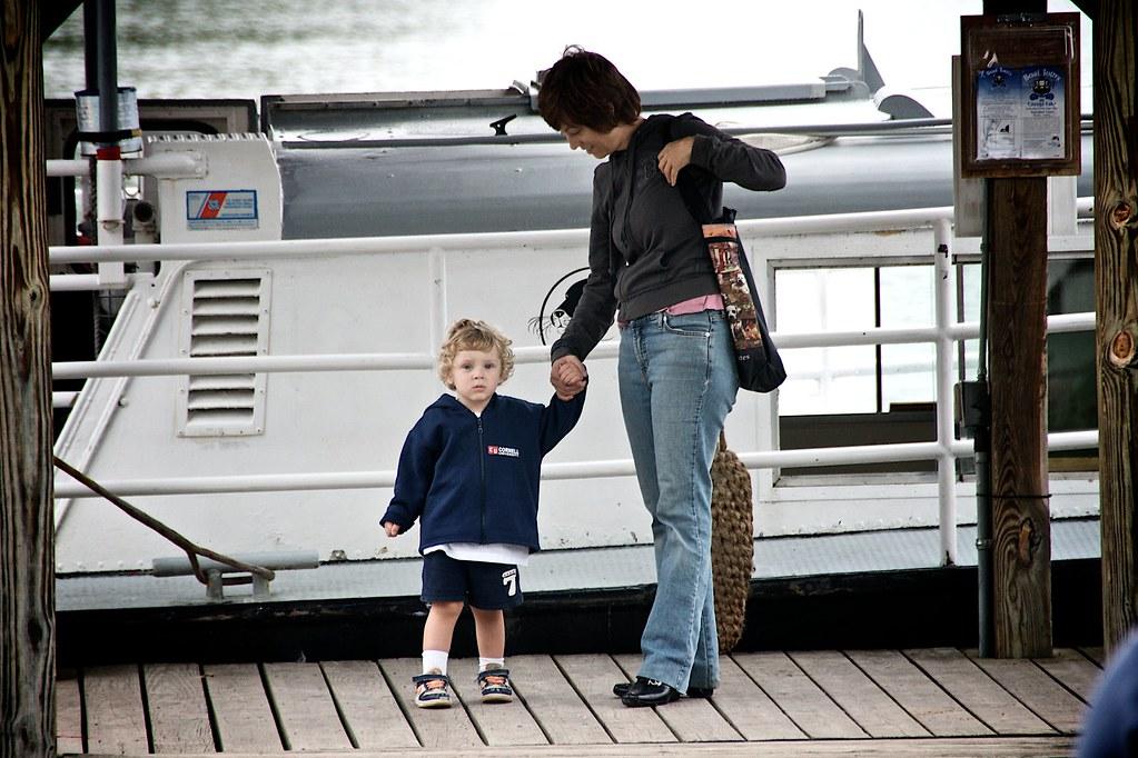 Sis and Lorenz on the Docks