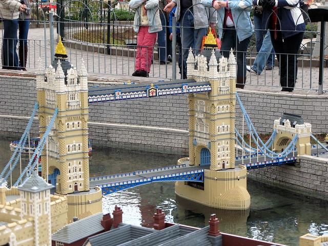 lego tower bridge flickr photo sharing. Black Bedroom Furniture Sets. Home Design Ideas
