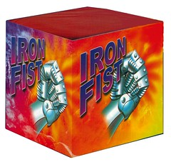 EPIC FIREWORKS - Iron Fist loud airbomb reapeter