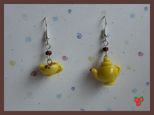 It's tea time! FIMO, polymer clay earrings - teapot and cup of tea