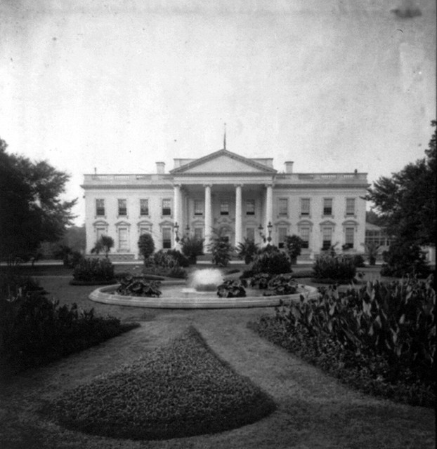 White House by National Photo, ca. 1920-30 (LOC ...1920s White House