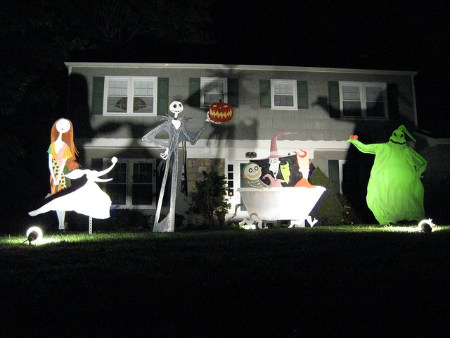 Nightmare Before Christmas Yard Decorations | Decorating Ideas