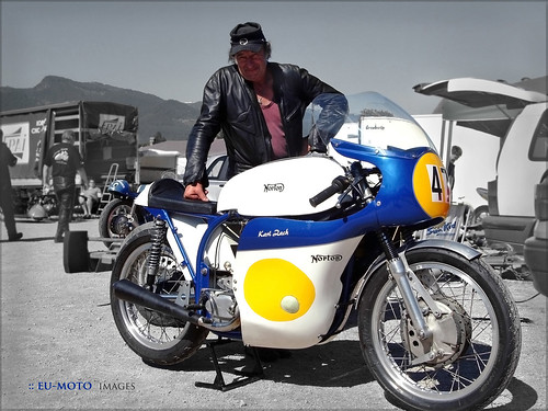 Norton vintage motorcycle racer Staatsmeister 1979 Karl Zach ► All kinds of commercial usage are illegal! ► Copyright B. Egger :: eu-moto images classic motorcycles 5065b
