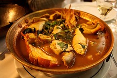 hot pot(0.0), meal(1.0), stew(1.0), supper(1.0), curry(1.0), seafood(1.0), bouillabaisse(1.0), produce(1.0), food(1.0), dish(1.0), soup(1.0), cuisine(1.0),