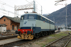 vehicle, transport, rail transport, locomotive, electricity, rolling stock, electric locomotive, track, land vehicle,