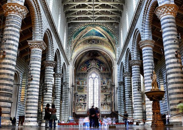 All' interno del Duomo di Orvieto - Italia | Flickr ...