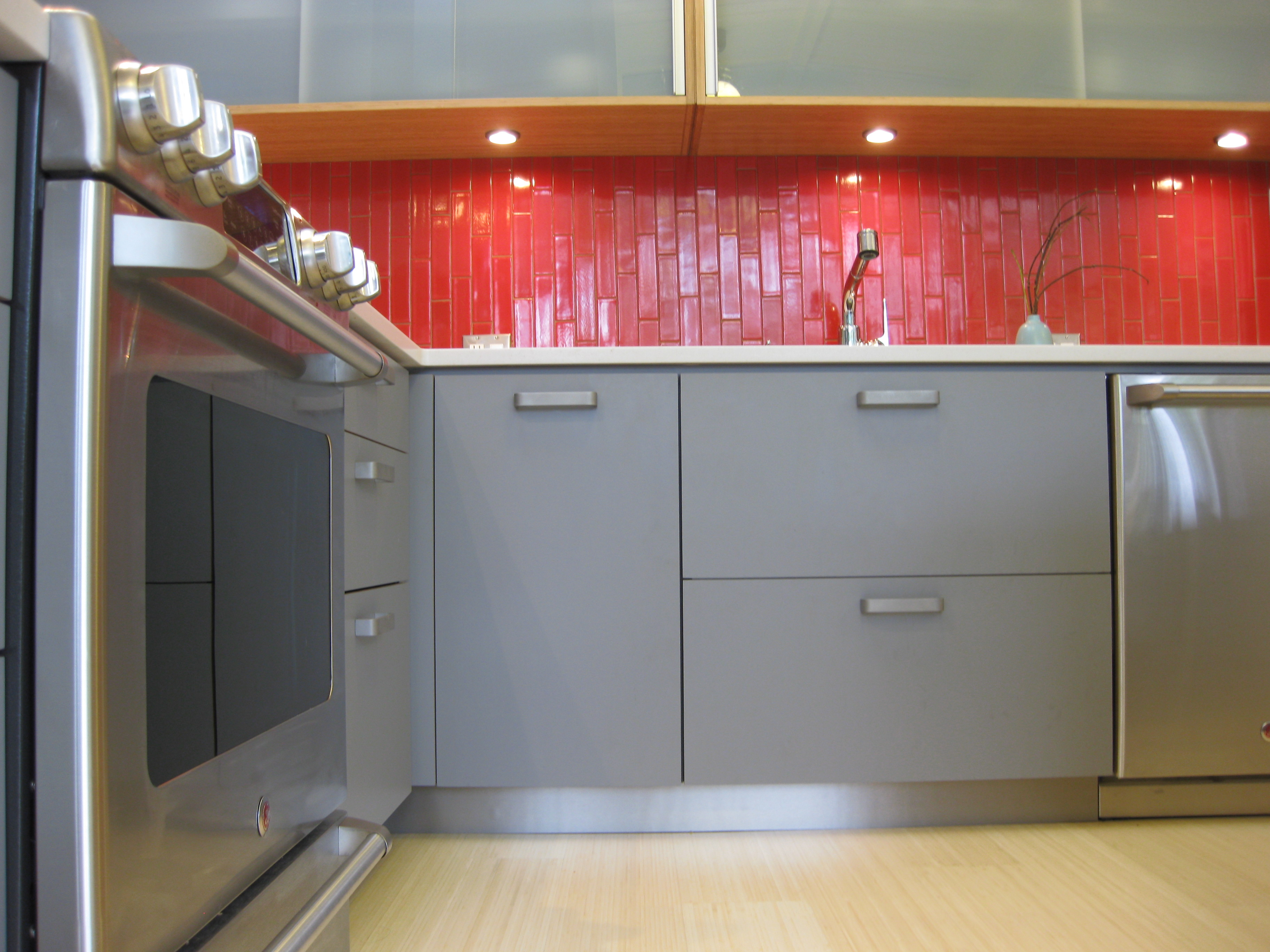 Henrybuilt Small Kitchen