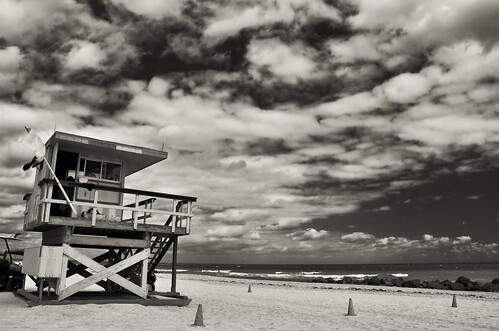 ocean blackandwhite bw clouds sand nikon waves seascapes florida miami iso400 beaches blueskies seashore vacations southbeach beautifulclouds pinoy monochromes travelphotography d90 fallseason southernflorida handheldshot monotones bwimages bwconversions manualmodeexposure setholiver1 aperturef160 18105mmnikkorlens lifeguardhouses circularpolarizers 0008secondexposure fallseasonionflorida