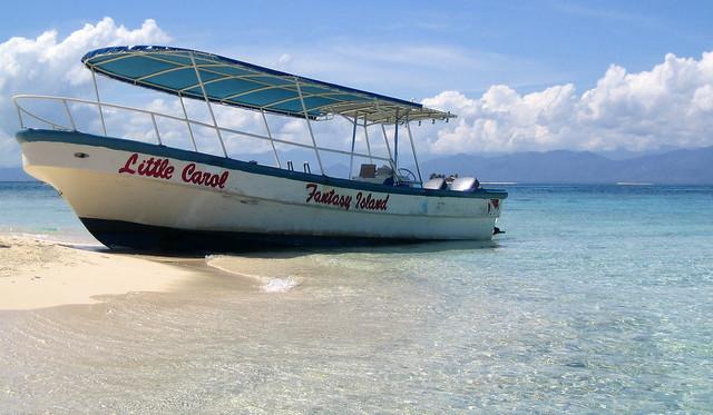 Honduras, Roatan, Boat