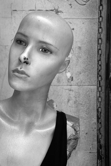 Mannequin detail