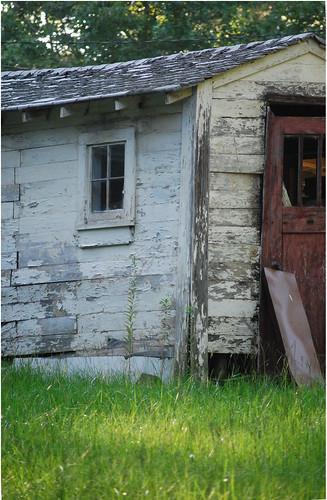 door old red window reddoor worn rugged dilapidated nikond60 sooc