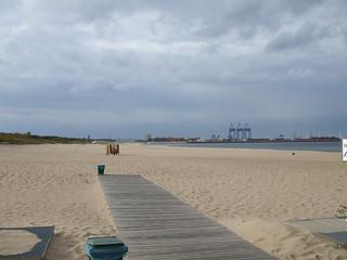 Εικόνα από Plaza Stogi. beach cycling nohands gdańsk geo:lon=18729744 geo:lat=54373661
