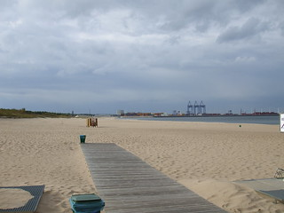 Plaza Stogi 의 이미지. beach cycling nohands gdańsk geo:lon=18729744 geo:lat=54373661