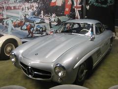 race car(1.0), automobile(1.0), automotive exterior(1.0), vehicle(1.0), performance car(1.0), automotive design(1.0), mercedes-benz(1.0), mercedes-benz 190sl(1.0), mercedes-benz 300sl(1.0), antique car(1.0), classic car(1.0), vintage car(1.0), land vehicle(1.0), sports car(1.0),