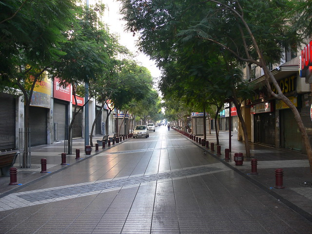 Paseo Ahumada, Santiago centro (mañana de domingo)