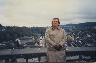 Salzburg Blurry Ifrog