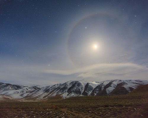 Moondog Over the Sierra Nevada