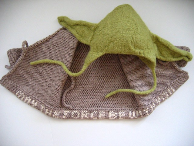 Free Knitting Pattern For Baby Yoda Hat : Yoda hat and jacket Flickr - Photo Sharing!
