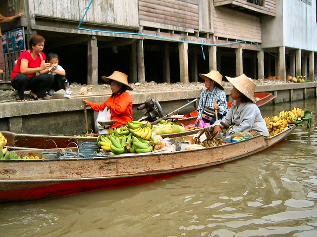 Floating Market, Thailand by CC user robphoto on flickr