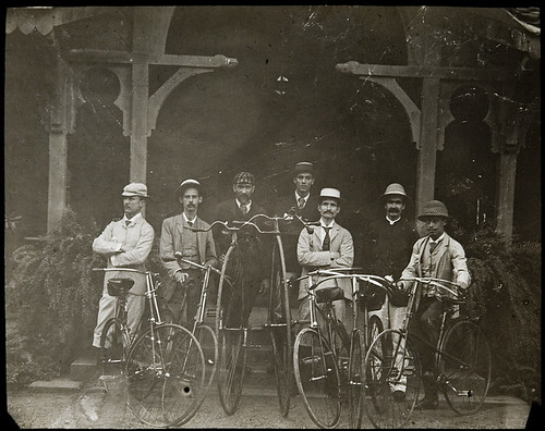 Bombay Bicycle Club? Penny farthings and other vintage cycles in India, c. 1890