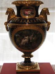 urn(1.0), trophy(1.0), bronze(1.0),