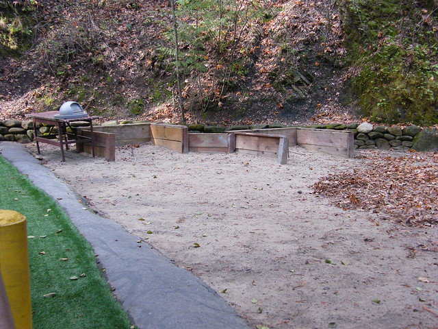 how to set up a horseshoe pit