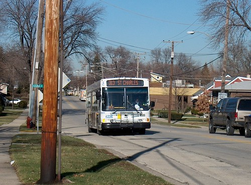 Southbound Pace bus on Taft Avenue. Berkeley Illinois. December 2006. by Eddie from Chicago
