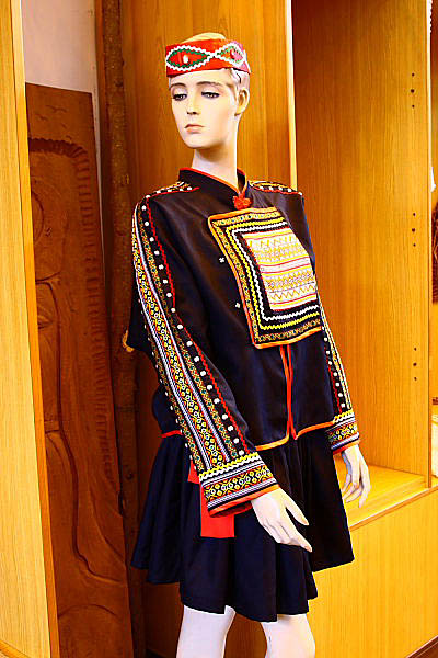 1U67布農族文物-傳統服飾