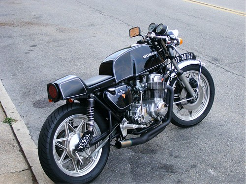 anyone know how to mod gs500 into a cafe racer look. Black Bedroom Furniture Sets. Home Design Ideas