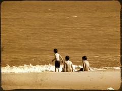 una vez que conocés el mar, ajustate el traje de baño, agarrá el bronceador porque no te vas más