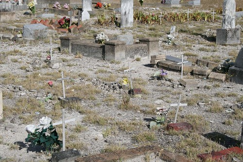 Unnamed graves