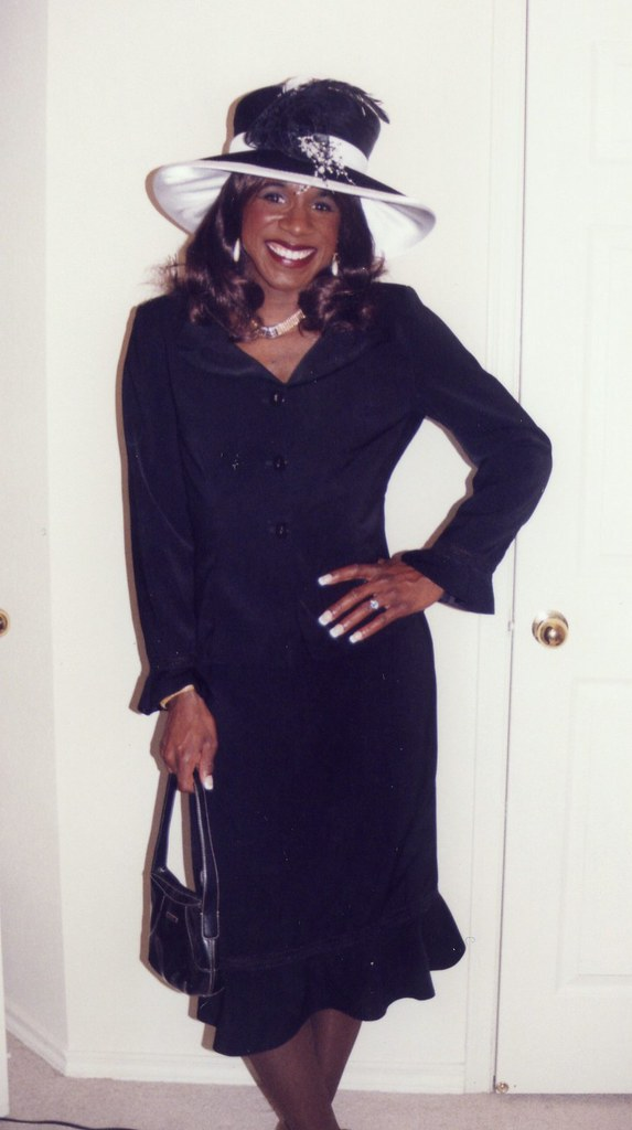 Xxxporno with shemale and lesbian