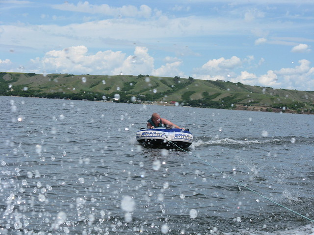 Boating in Qu'Appelle Valley by CC user woodsfehr on Flickr