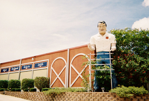 Muffler Man Tends Garden | by Paul McRae (Delta Niner)
