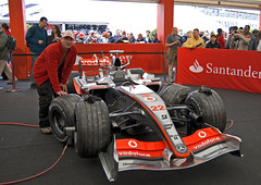 sport venue(0.0), pit stop(0.0), sports prototype(0.0), touring car(0.0), race track(0.0), supercar(0.0), auto racing(1.0), automobile(1.0), racing(1.0), vehicle(1.0), sports(1.0), race(1.0), open-wheel car(1.0), formula racing(1.0), motorsport(1.0), indycar series(1.0), formula one(1.0), formula one car(1.0), sports car(1.0),