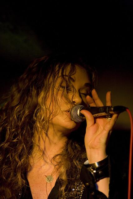 Dana Fuchs - Photos