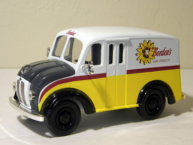 1950 Divco Borden S Milk Truck Ertl 1 25th Scale Diecast Model Flickr Photo Sharing
