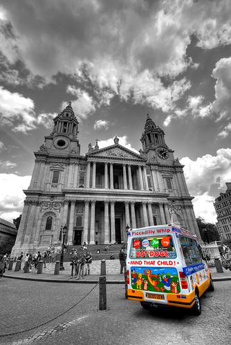 St Paul's Cathedral Gelateria