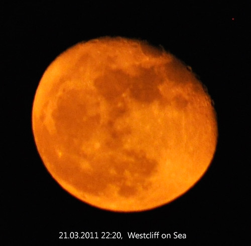 Westcliff Moon 21.03.2011