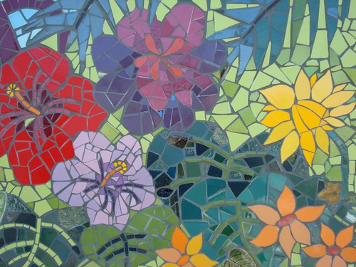 Mosaic mural my 1st group project kim grant mosaics for Broken glass mural