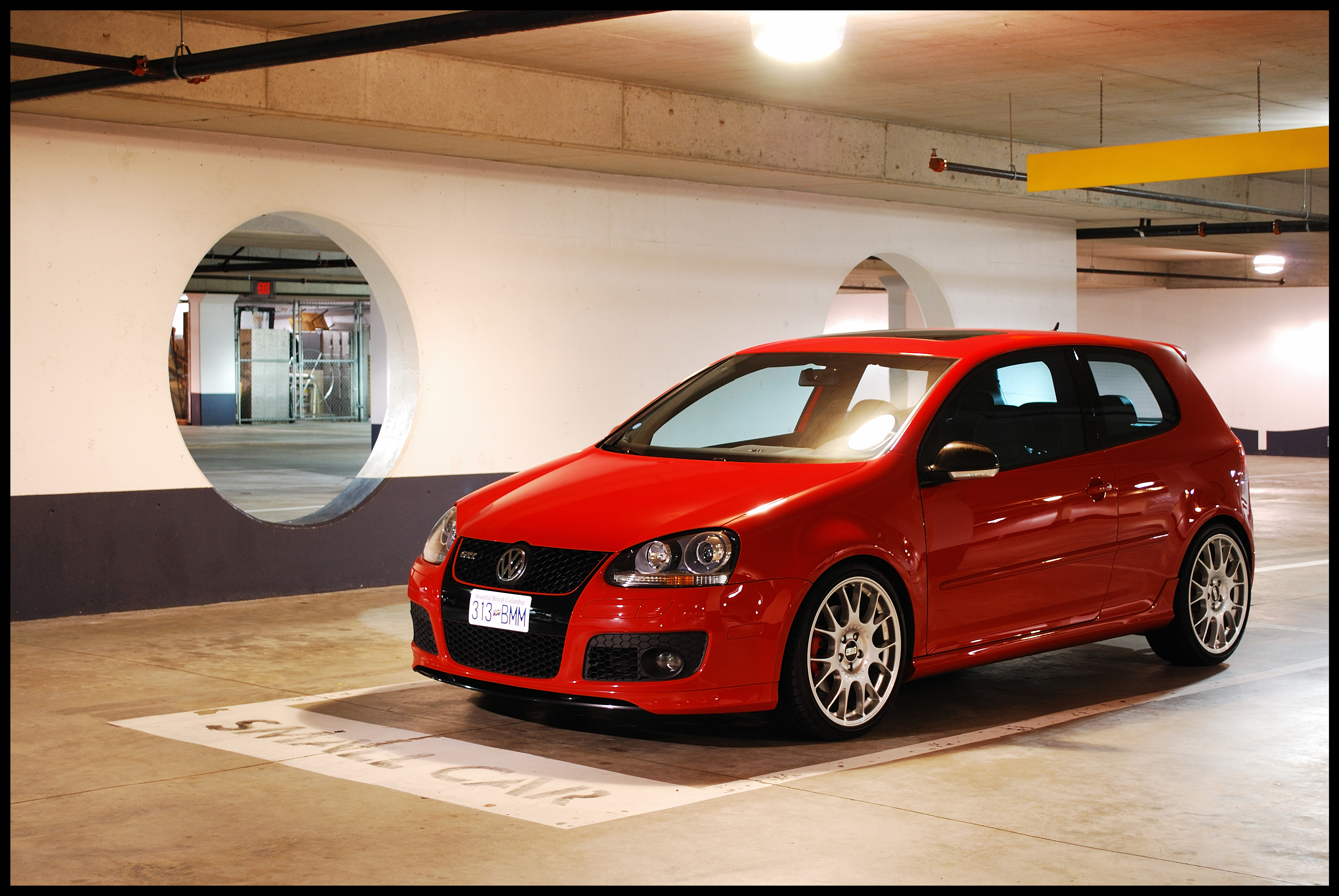 oem golf gti in red page 2 vw gti forum vw rabbit forum vw r32 forum vw golf forum. Black Bedroom Furniture Sets. Home Design Ideas