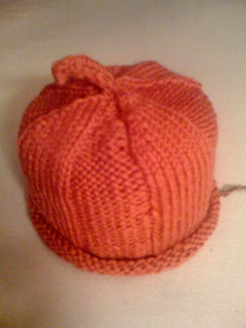 Baby squash hat finished