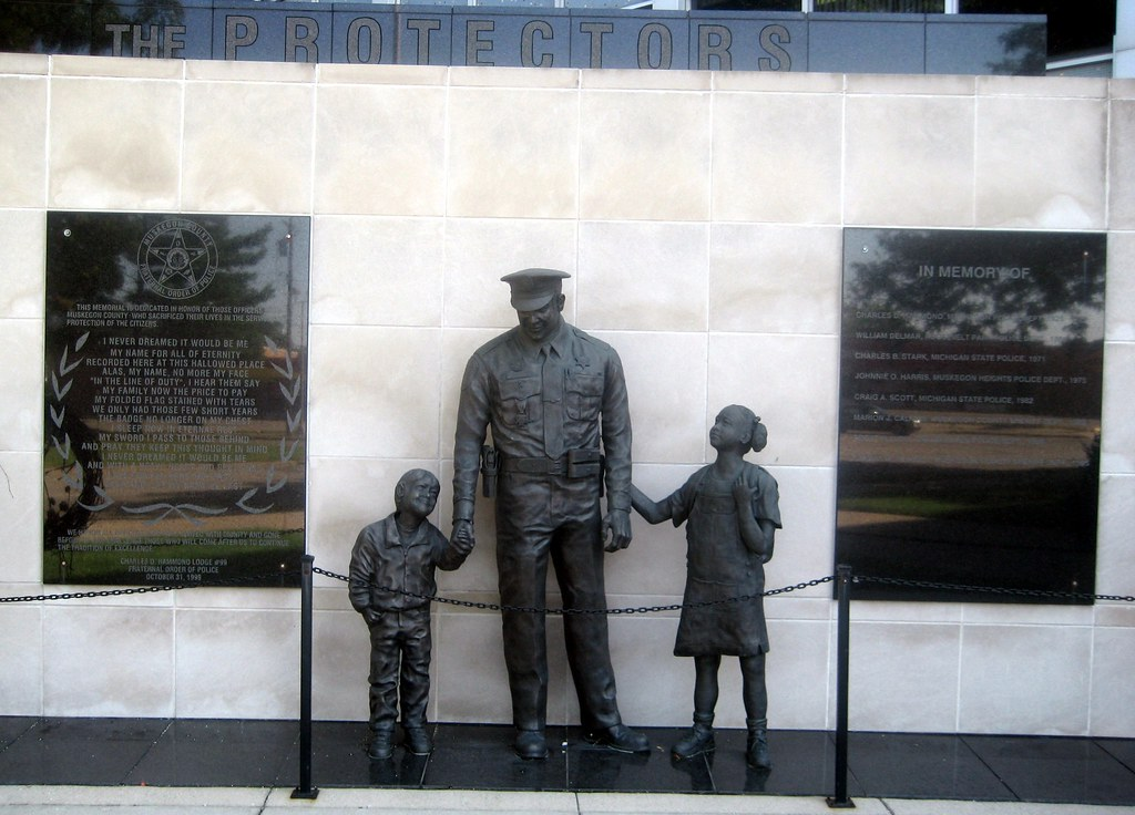 Muskegon County Police Memorial