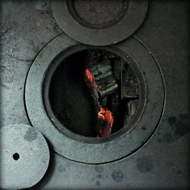 Vieja cocina de le a flickr photo sharing - Cocinas de lena ...