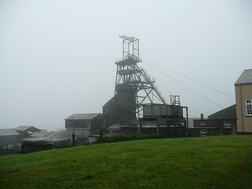 Geevor Tin Mine (2) - flckr - john47kent
