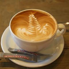 espresso(1.0), cappuccino(1.0), flat white(1.0), cup(1.0), mocaccino(1.0), salep(1.0), cortado(1.0), coffee milk(1.0), caf㩠au lait(1.0), coffee(1.0), ristretto(1.0), coffee cup(1.0), caff㨠macchiato(1.0), caff㨠americano(1.0), drink(1.0), latte(1.0), caffeine(1.0),