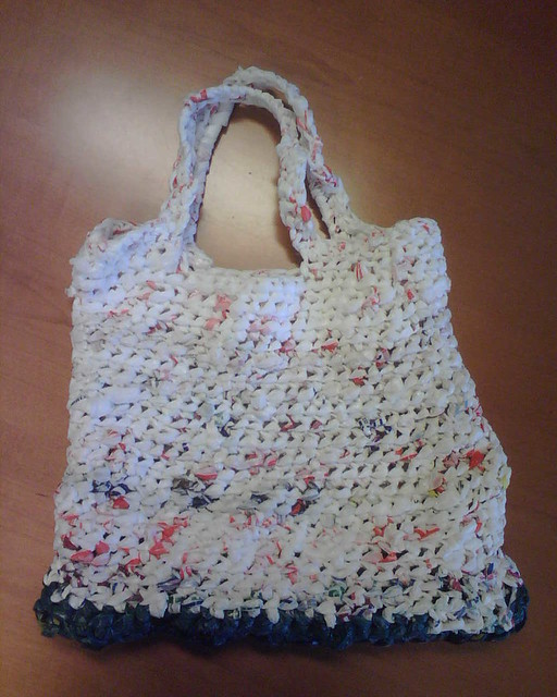 Crochet Grocery Bag : 2497032735_61500f5ffc_z.jpg?zz=1