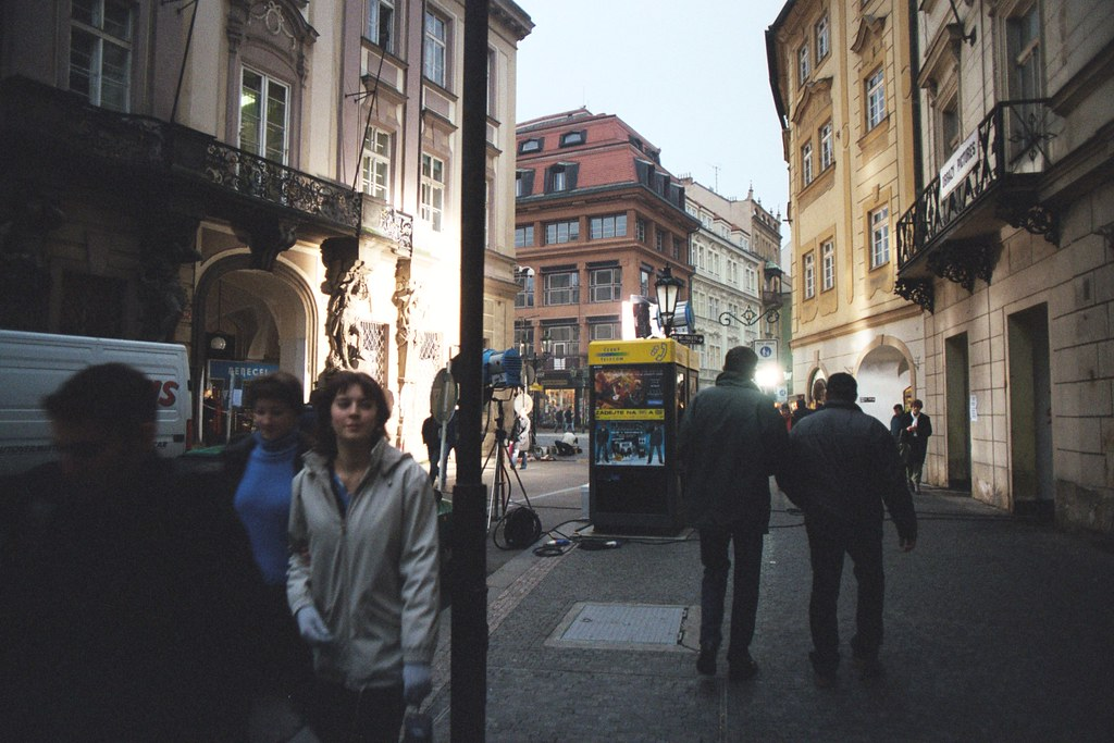 Prague 2002 Film Crew Working On Jackie Chan Owen Wilso Flickr