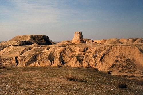 archaeology geotagged ancienthistory iran persia 35mmfilm bible esther biblical אסתר elam shush excavation ايران khuzestan canonftb خوزستان shushan agfact18 התנך daviddorren frenchexcavation ancientsusa shushanthepalace שושןהבירה geo:lat=32192454767947844 geo:lon=4824831868786623 susa1976