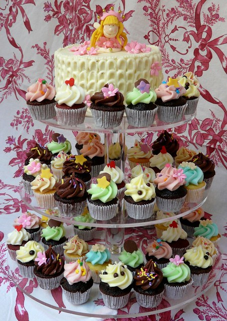 Princess Fairy Cake & Cupcake Tower (Credit: Sugar Daze on Flickr.com)